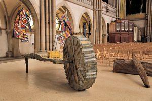Ausstellung: Objekte im sakralen Raum - Peterskirche Leipzig